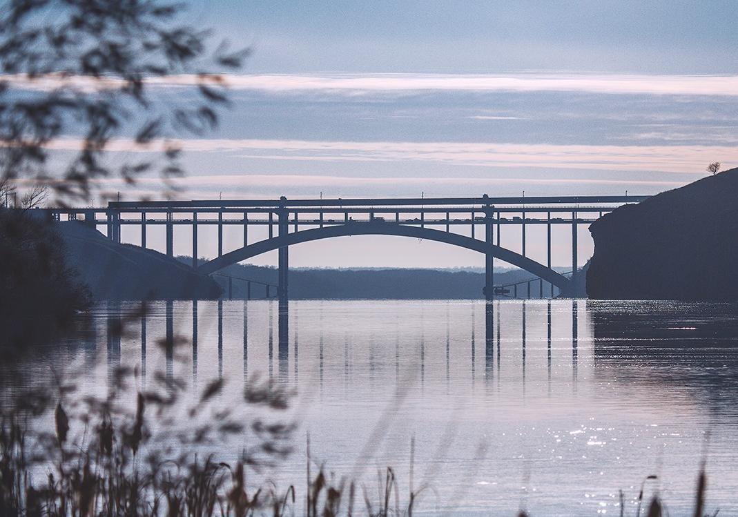 Не проедешь: в Запорожье закрывают мост Преображенского фото
