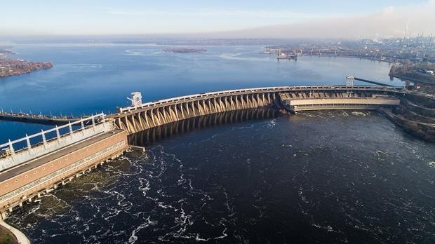Плотина ДнепроГЭС / фото: wikipedia.org