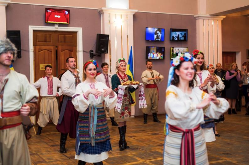 """""""Любовь моя Украина"""" Концерт ко Дню Независимости Украины / фото: Театр молодежи"""