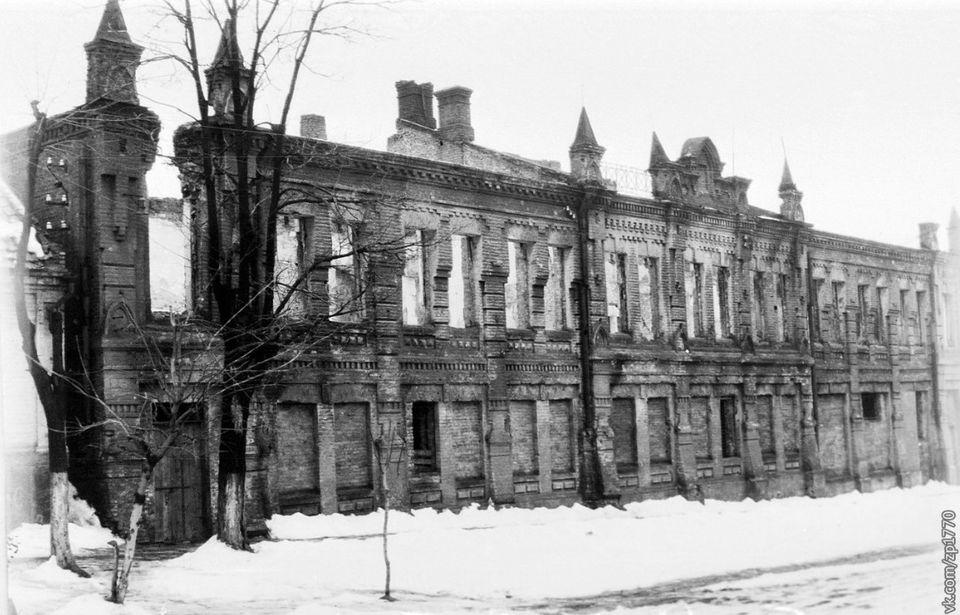 Здание пожарной части в послевоенное время / фото: fb Артем Бородин