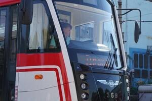 С новым дизайном: в Запорожье собрали обновленный трамвай фото 2